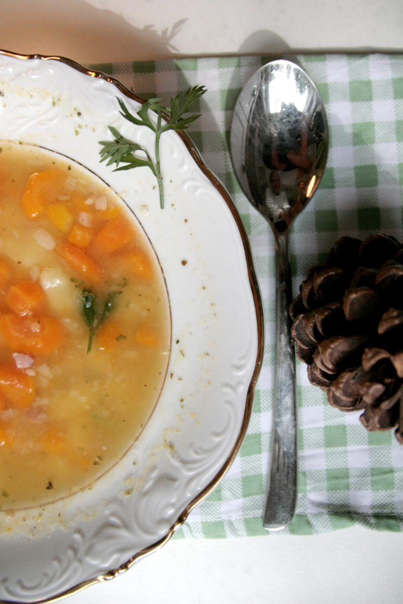 Zupa grochowa według Pięciu Przemian